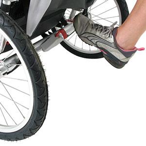poussette-Jogging-frein-stationnement